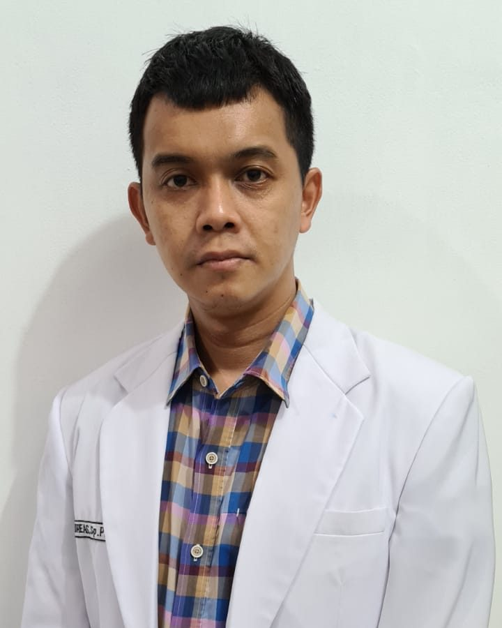 Dr. Andreas